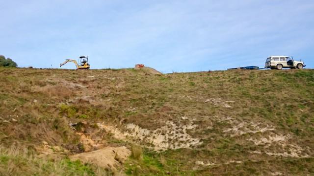 Digger on the ridge