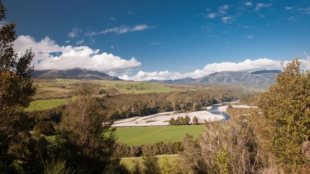 Valley view near Heaphy track start