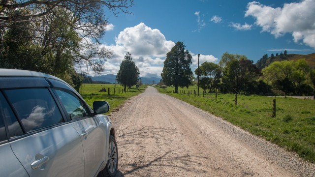 Typical NZ gravel road
