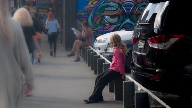 Verena the leaning streetkid.